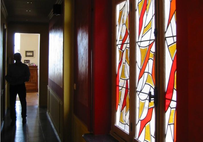 Fenêtre de couloir, 140 X 175 cm, Verre soufflé -verre industriel structuré - jaune d'argent - fusing, Malo les bains, 2007