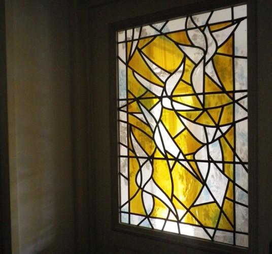 Porte de hall d'entrée, 80 X 50 cm, Verre industriel structuré peint au jaune d'argent, Armentières, 2011