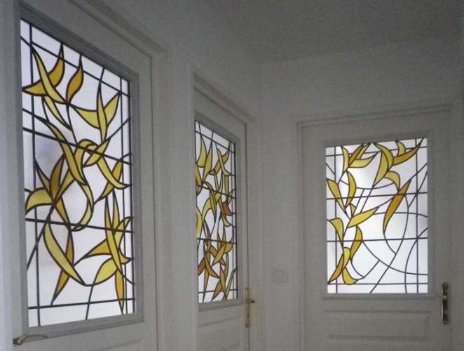 Portes de palier, 80 X 50 cm, Float glass thermoformé peint au jaune d'argent, Armentières, 2011-2012