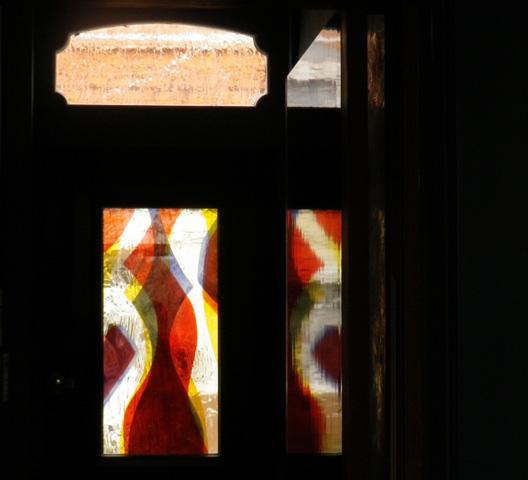 Vitrail sur porte d'entrée. 100X50 cm. Panneau monobloc. Villeneuve d'Ascq 2013.