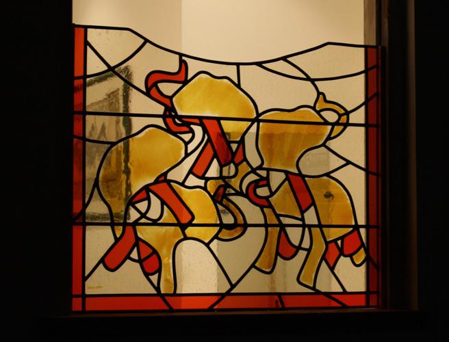 Vitrail de séparation entre deux pièces. Verre antique soufflé et jaune d'argent. 65X80 cm. Villeneuve d'Ascq 2012